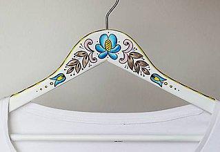 Nábytok - Maľovaný vešiak Gžeľ - 6546768_