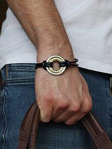 Šperky - Pánsky kožený ochranný náramok RUNY - 6548426_