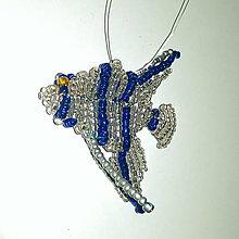 Dekorácie - rybička z korálikov - priehľadný skalár - 6549618_