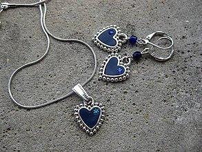 Sady šperkov - Jemné srdiečka - sada (Tmavomodré srdiečka s kamienkami Preciosa, č1510 - Akcia) - 6555297_