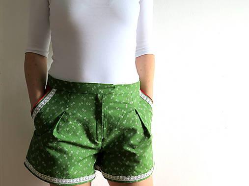 dámske šortky