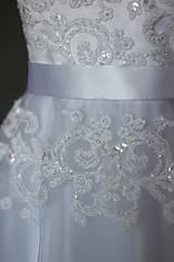 Šaty - Korzetové svadobné šaty z korálkovej krajky - 6559440_