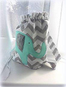 Detské tašky - Ruksak, batôžtek, sloník mint  25X30 - 6565783_