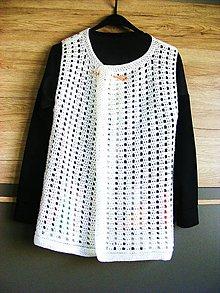 Svetre/Pulóvre - Háčkovaná biela vesta - 6566449_