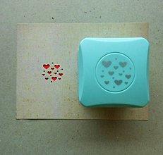 Pomôcky/Nástroje - Magnetická dierovačka na papier - srdiečka, hearts - 6572515_