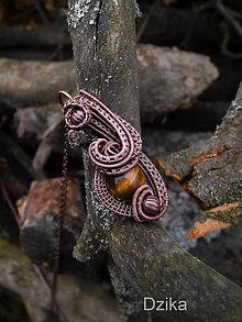 Náhrdelníky - Prívesok s korálikom z tigrieho oka - 6578179_