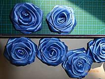 Drobnosti - Saténové ruže so zicherkou - 6577295_