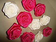Drobnosti - Saténové ruže so zicherkou - 6577301_