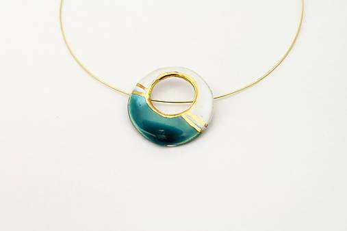 Náhrdelníky - kruh bielo-tyrkysový /zlato - 6593376_