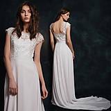 Šaty - Svadobné šaty s holým chrbátom a vlečkou - 6599105_