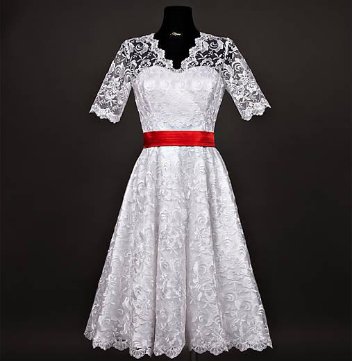 6b4857afd2d6 Svadobné šaty vo vintage štýle z tylovej krajky   Dyona - SAShE.sk ...