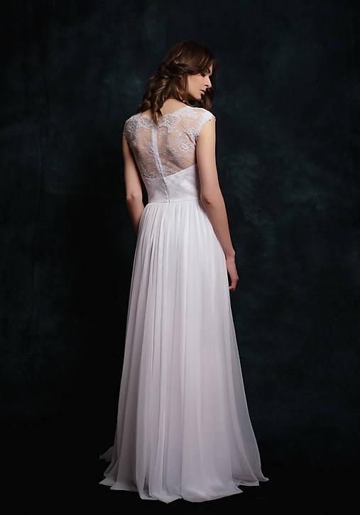 6aa342adc980 Svadobné šaty z krajky s elastickou tylovou sukňou   Dyona - SAShE ...