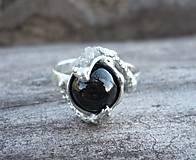 Prstene - Prsteň s asterickým diopsidom a bielymi diamantmi - 6602150_