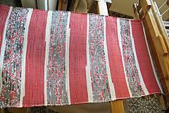 - Tkaný červeno - sivý koberec - 6601531_