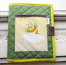 Detské tašky - Zvedavá včielka - obal na pastelky - 6604476_