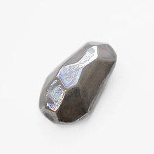 Odznaky/Brošne - Brošňa sivá Krystalix / perleťový vzhľad - 6605608_