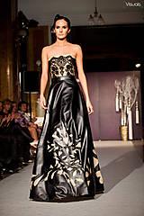 Šaty - black flowers - 6611347_
