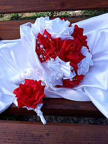 Kytice pre nevestu - Červeno biele ruže - 6610451_