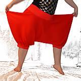 Nohavice - Jaké TURKY by si oblékla Červená Karkulka? - 6611977_