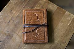 Papiernictvo - Kožený zápisník A6 - ornament - 6616344_