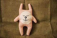 """- Látková hračka zajac """"Pán Králiček"""" pásikavý - 6625070_"""