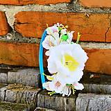 Ozdoby do vlasov - Čelenka- biely kvety na tyrkysovej - 6625487_