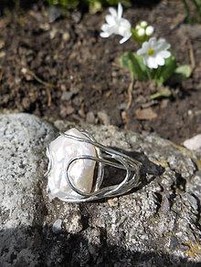 Prstene - Prsteň s perleťou - 6627956_