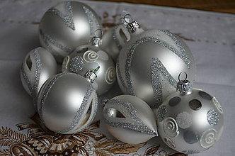 Dekorácie - Sada na stromček bielo-strieborná - 6627368_