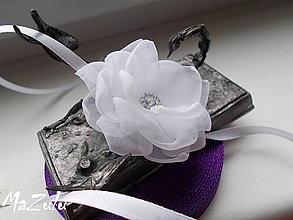 Náramky - svadobný náramok pre družičku - 6634282_