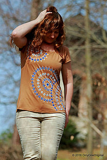 Tričká - Dámske tričko maľované ZO SRDCA - 6633842_
