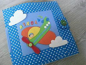 Hračky - Látková kniha pre Nikolaja - 6638356_