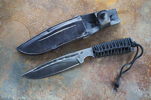 Taktický nôž