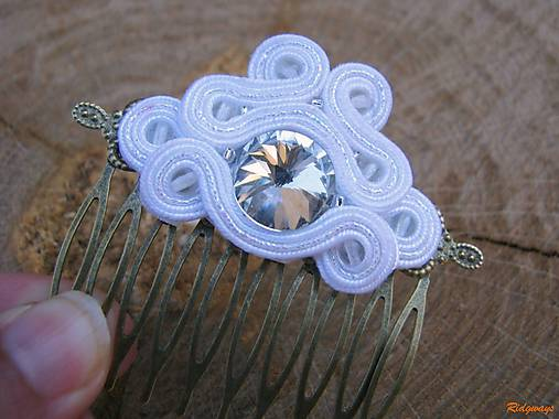 Simple White - hrebienok ...soutache