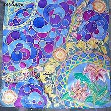 Šatky - Hodvábna maľovaná šatka Ľaliové pohladenie - 6642750_