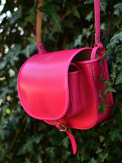 Kabelky - kožená lovecká kabelka s lemom 100% MAGENTA - 6646226  b18c66bd081