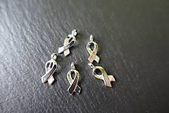 - Prívesok (symbol proti rakovine prsníka) - 6649742_