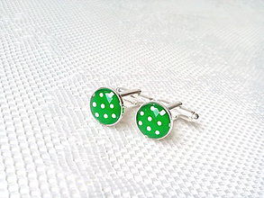 Šperky - Bodkované manžetové gombíky (zelené/biele bodky) - 6652438_