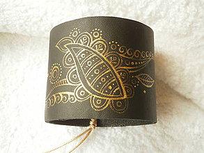 Náramky - Náramok kožený, ornament zlatý - 6660997_