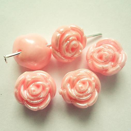 Ružička plast 11mm-1ks (ružová)