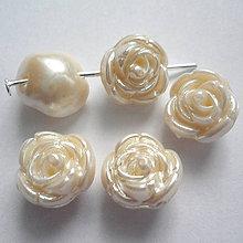 Korálky - Ružička plast 11mm-1ks - 6666723_