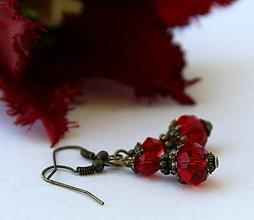 Náušnice - Rondelky z brúseného skla vo výraznej červenej - 6666389_
