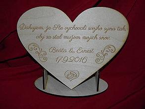 Darčeky pre svadobčanov - Drevene srdiečko ako poďakovanie rodičom 15 - 6663794_