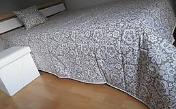 Úžitkový textil - vankúš 40x40 cm bežovo- snehovo biely s potlačenou krajkou - 6670130_