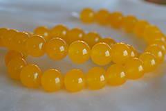 Minerály - ZĽAVA! Žltý jadeit 10mm, z 0.20 na 0,10€/ks - 6673810_