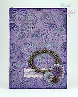Vintage kniha hostí - fialová so strieborným damaškovým ornamentom