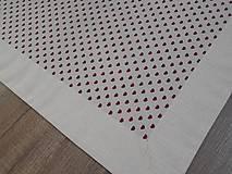 Úžitkový textil - štóla na stôl 40x140cm ľanovo béžová s bordovými srdiečkami  (40x140 cm) - 6685816_
