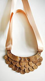 Náhrdelníky - Slzičkový kožený náhrdelník - 6688781_