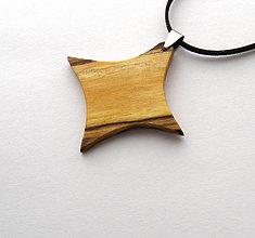 Náhrdelníky - Špaltovaná breza -