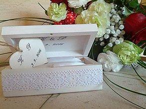 Krabičky - Svadobná krabička s iniciálmi - 6699551_