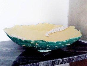 Nádoby - tanier s bielymi guličkami - 6704930_